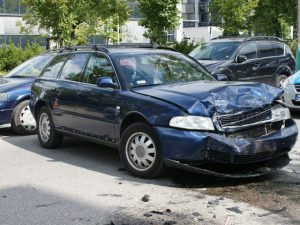 skup aut rozbitych wałcz